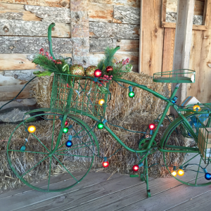 Christmas decor at Lizzie Mae's Mercantile